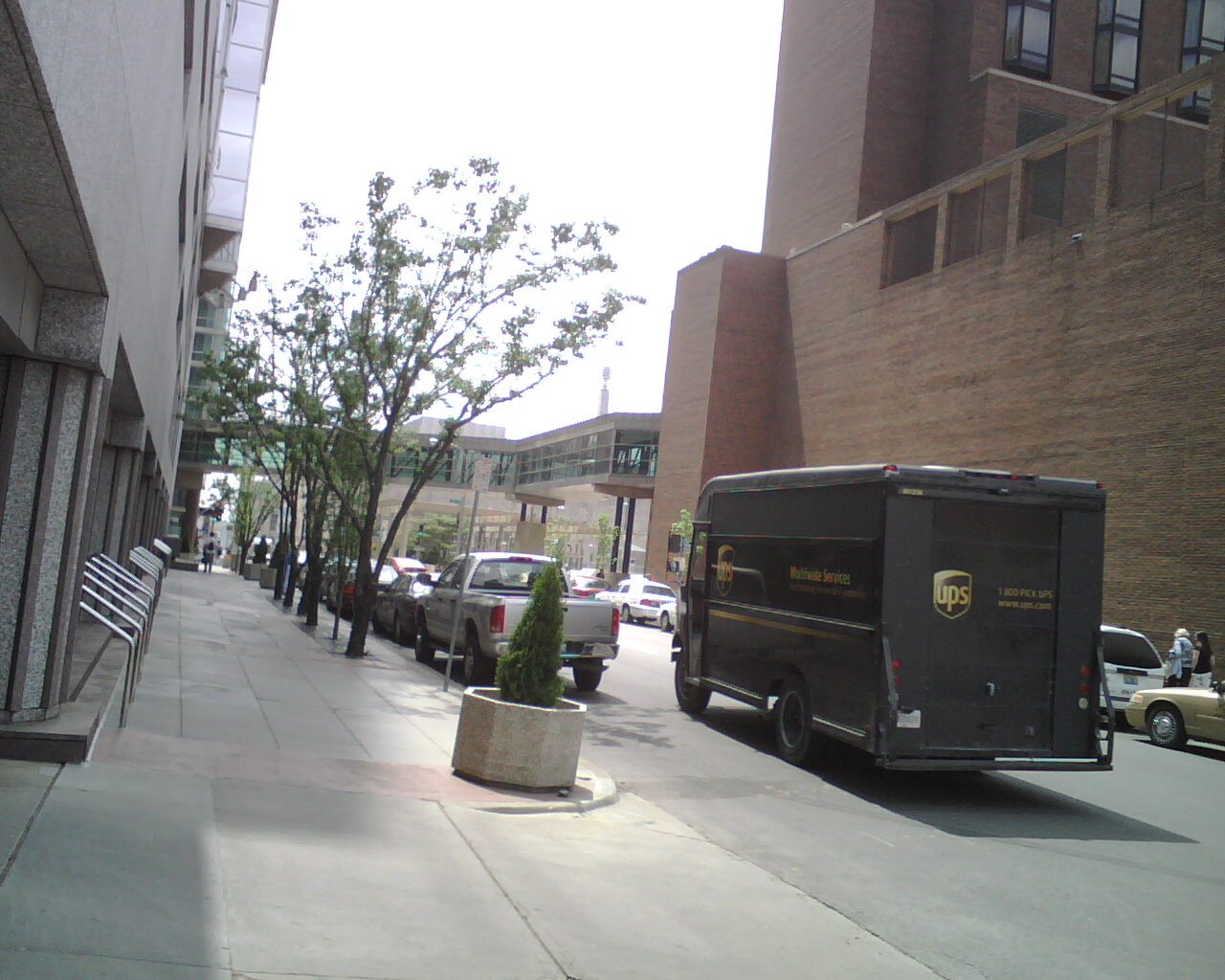 UPS makes his own parking for lunch